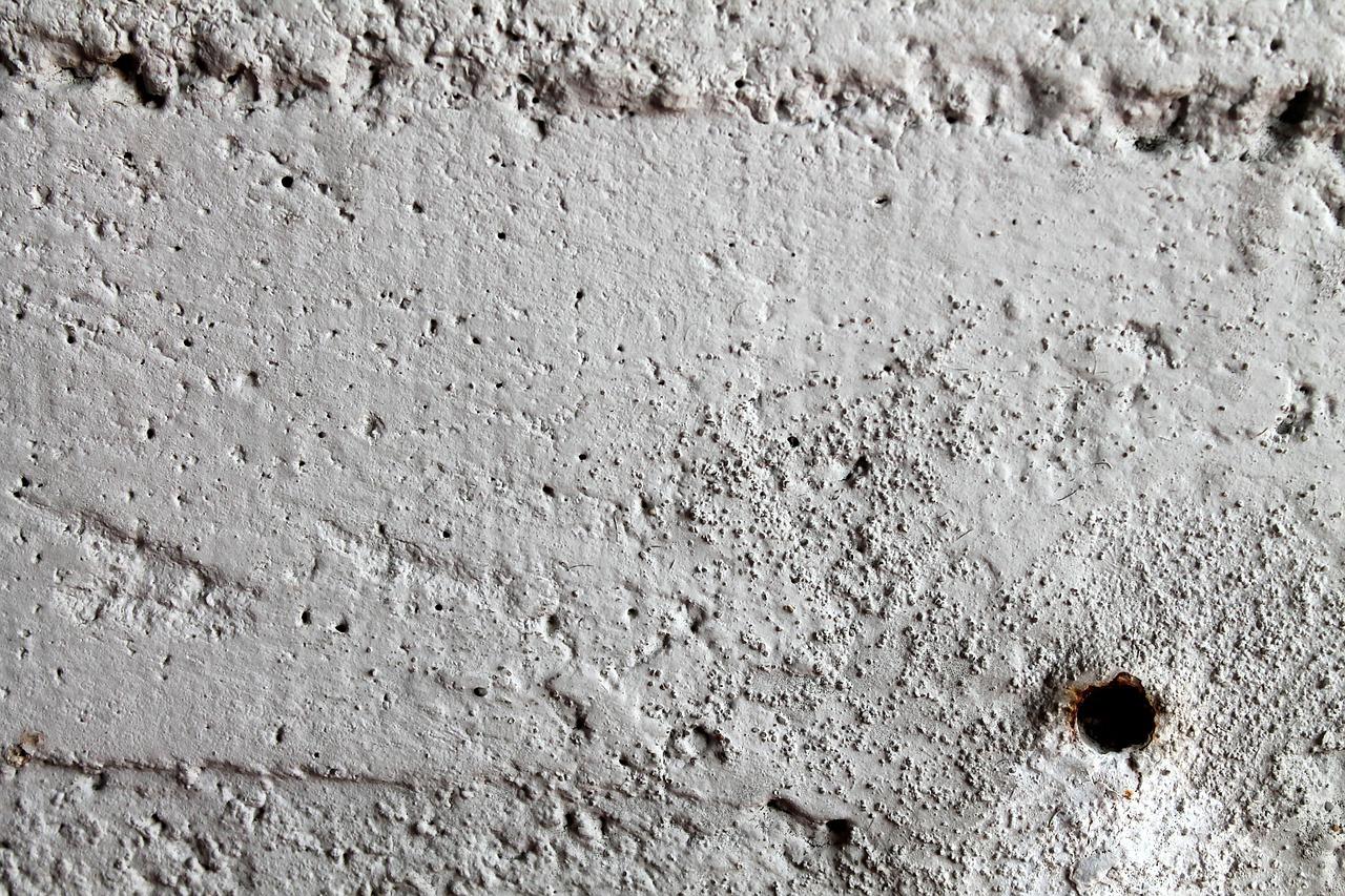 Accrocher Tableau Mur Beton Sans Percer comment accrocher un tableau sans faire de trou