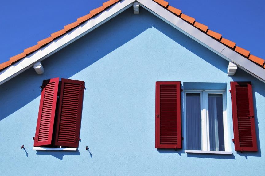 shutters-4449062_1280