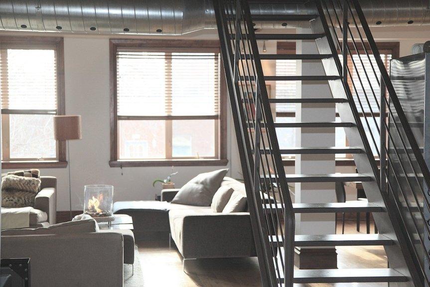 Comment séparer deux pièces d'un loft style industriel?